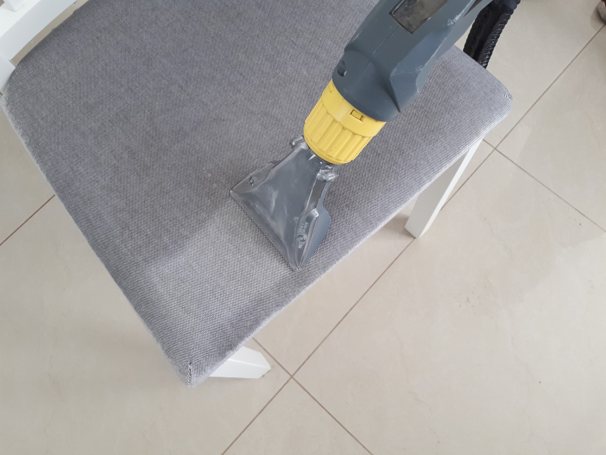 pranie ekstrakcyjne tapicerka meblowa.