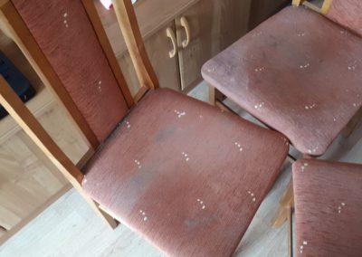 Krzesła przed praniem