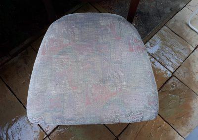 Pranie tapicerki na krześle